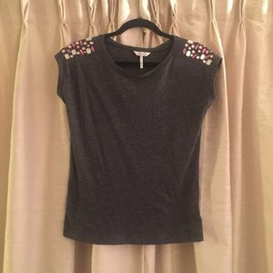 ♥️5️⃣SALE♥️Grey Short Sleeve with Pink Rhinestone